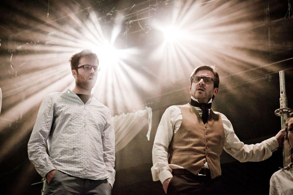 1830 – D°eFFeKt Theatergroep (2012) © Tim Verheyden 07_1.jpg