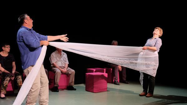 Cretien van Campen breekt lans voor seniorentheater